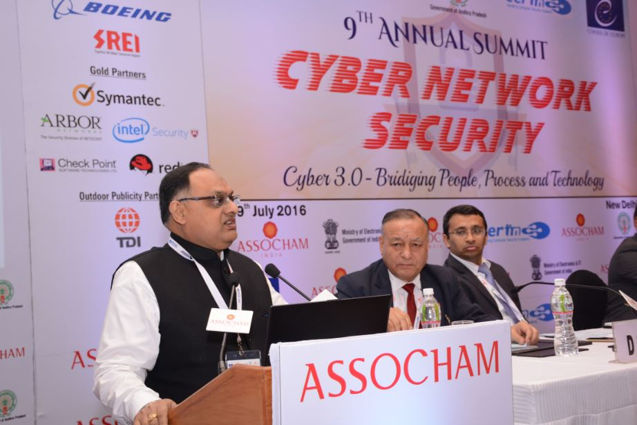 Sh. Sandeep Mittal IPS DIG (Admin) addressing the Annual Summit in the Valedictory Session